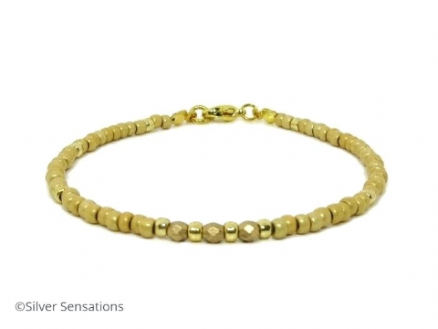 Frosted Gold Seed Beads Holiday Friendship Bracelet